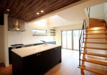 キッチンに集う家|注文住宅の実例