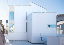 光溢れるコートハウス|注文住宅の実例