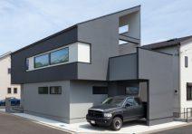 リビングに続くインナーバルコニーのある家|注文住宅の実例