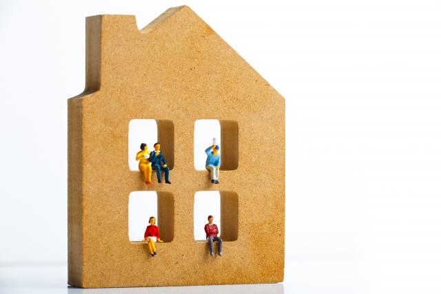 家族と家のイメージ