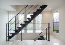 玄関に入ったときの印象をデザインした家|注文住宅の実例