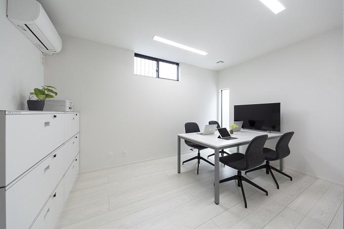 オフィススペースが住居に上手く融合している